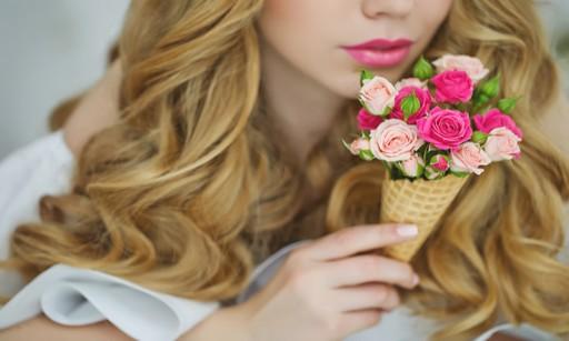 お墓参りにはどんなお花が最適?値段の目安や選び方のあれこれ